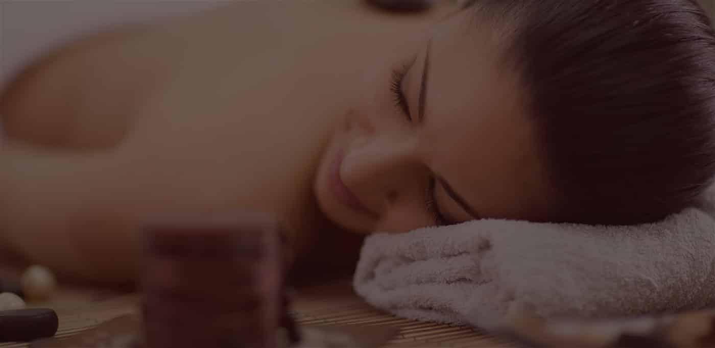 aroma institut de beauté à nice pour elle et lui, appartement beauté : massage, épilation, maquillage semi-permanent, gommage, peeling, enveloppement, bronzage