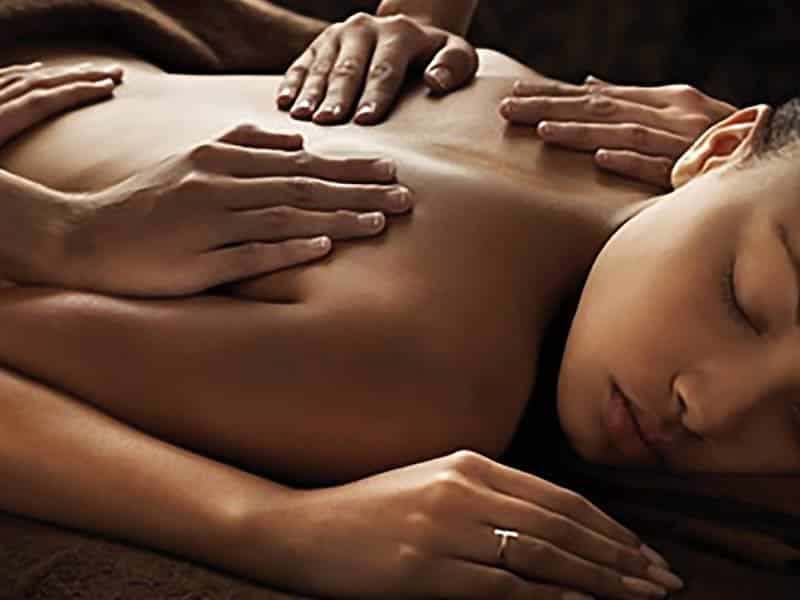 Aroma le massage 4 mains, un maximum de sensation et de détente